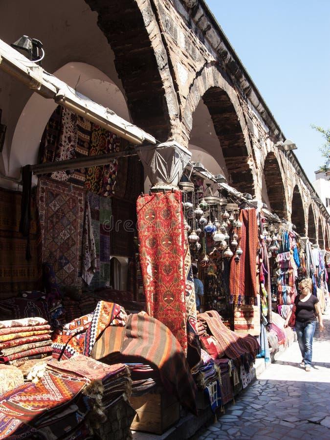 Dywany i dywaniki dla sprzedaży, Istanbuł, Turcja zdjęcia stock