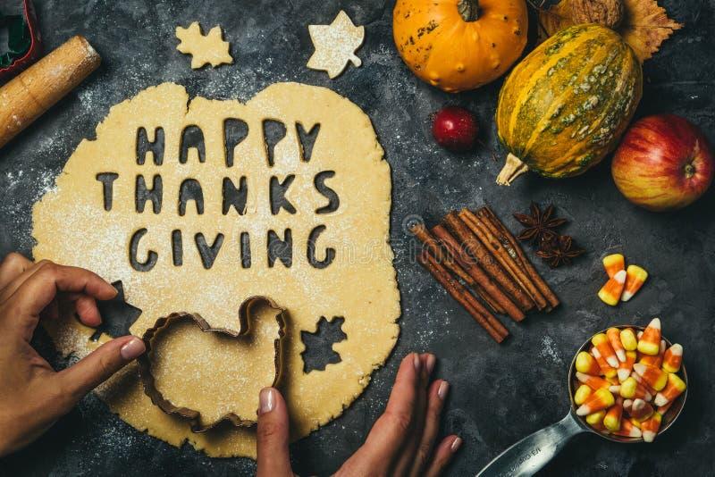 Dziękczynienia pojęcie - piec składniki i symbole zdjęcia stock