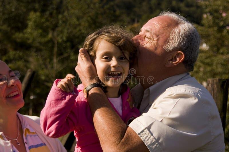 dziadek wnuczka. zdjęcie royalty free