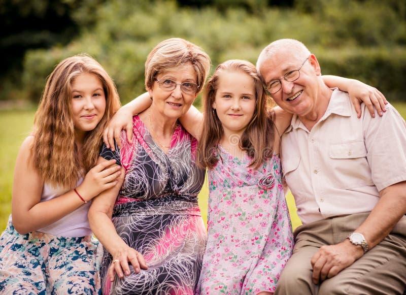 Dziadkowie z wnukami zdjęcia stock