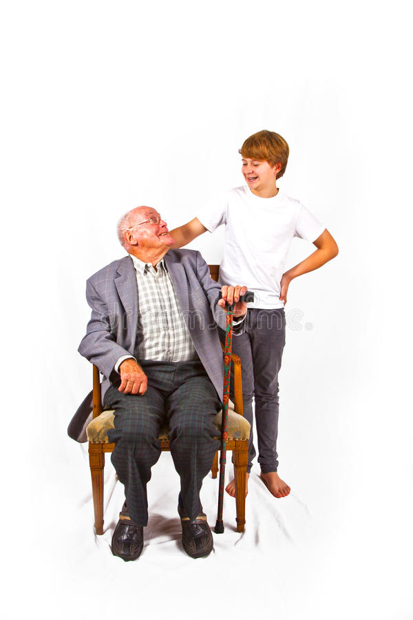 Dziadu i wnuka uśmiech przy each inny obraz stock