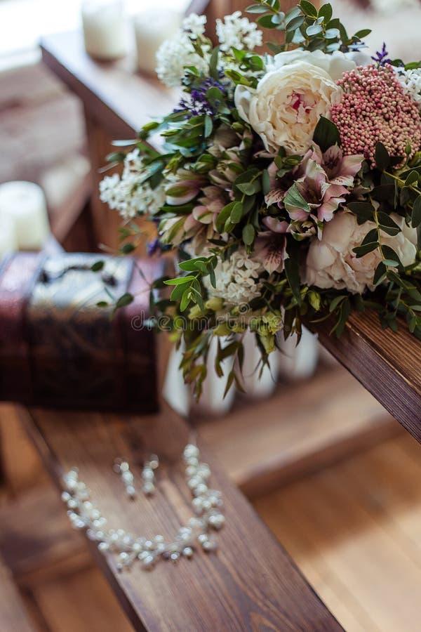 Dzień ślubu wiązka kwiaty zdjęcie royalty free