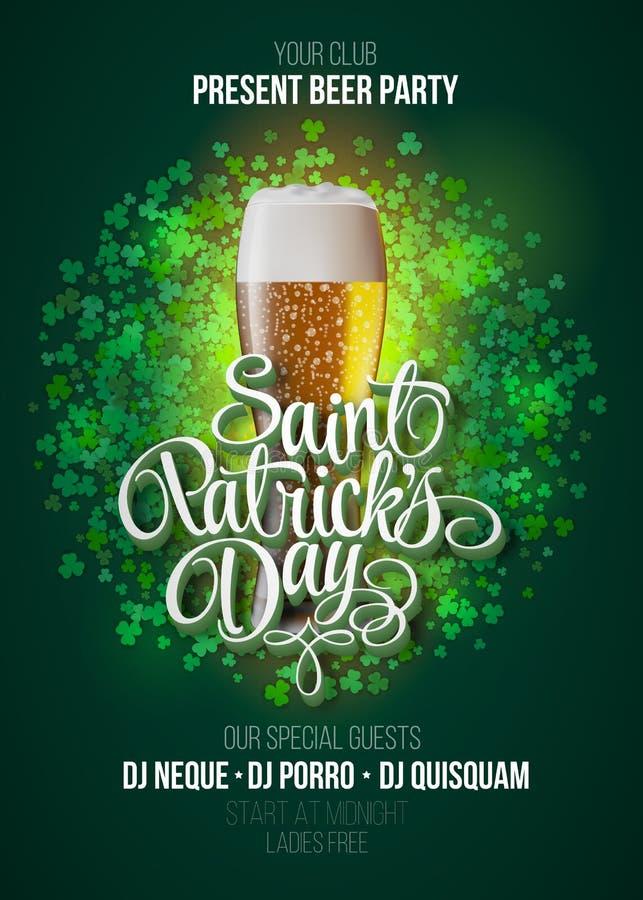 dzień Patrick plakata s st Piwa przyjęcia zieleni tło z kaligrafia szyldowym i piwnym kubkiem ilustracja wektor