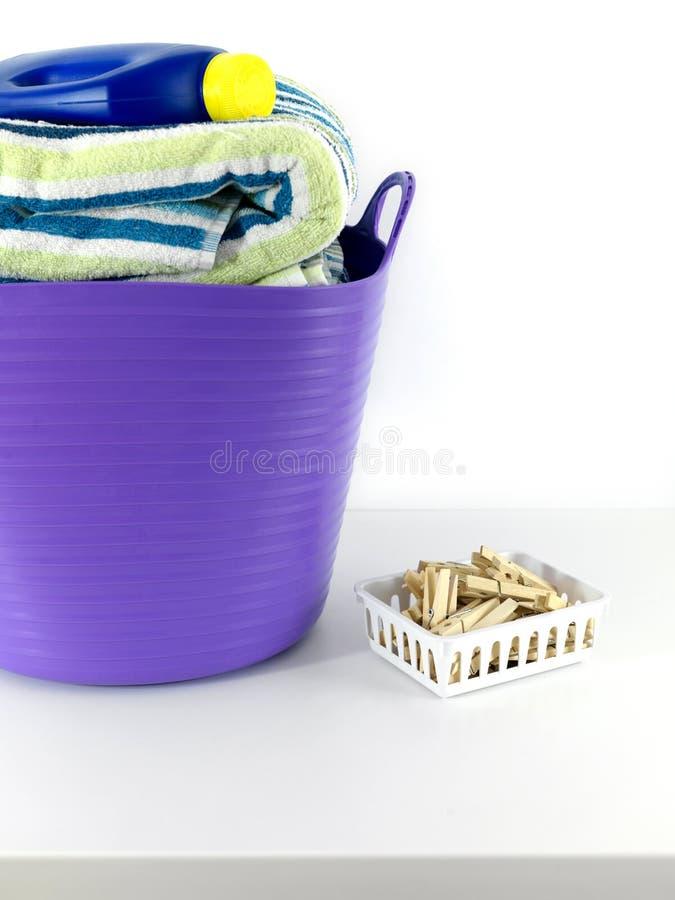 Download Dzień pralnia obraz stock. Obraz złożonej z odosobniony - 13325811