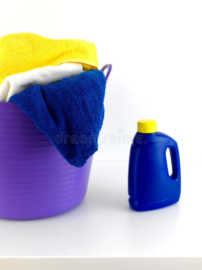 Download Dzień pralnia obraz stock. Obraz złożonej z czop, proszek - 13325879