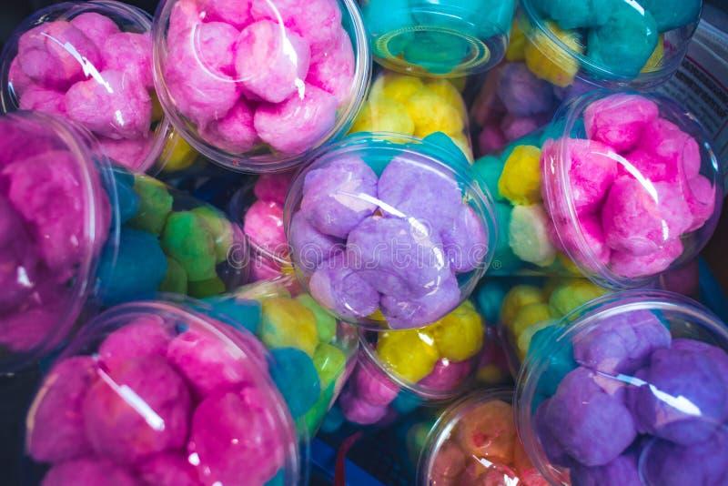 Dzieciństwo Bawełnianego cukierku czarodziejki colourful floss zdjęcia stock