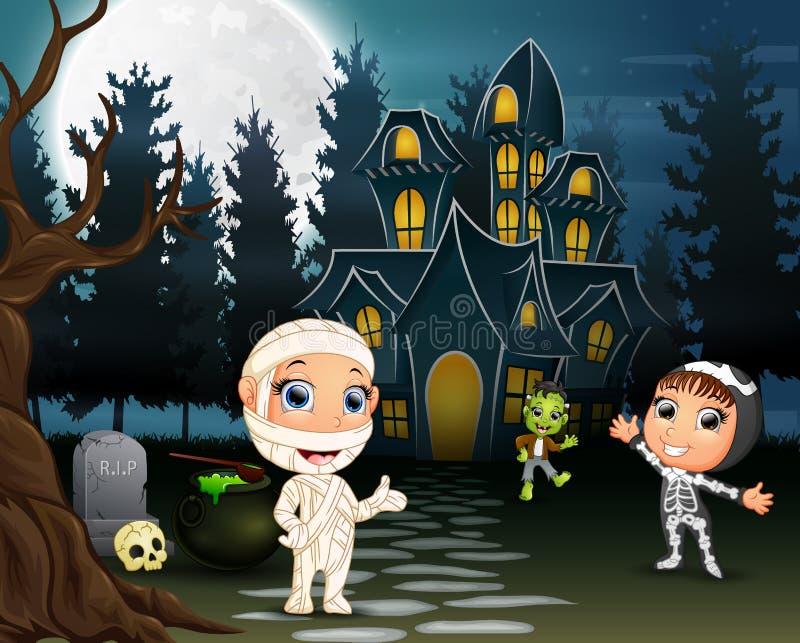 Dzieci świętują Halloween przyjęcia outdoors przy nocą ilustracja wektor