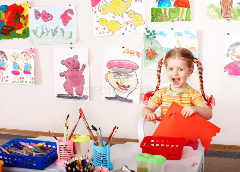 dzieci bawią się pokoju nożyce obrazy stock