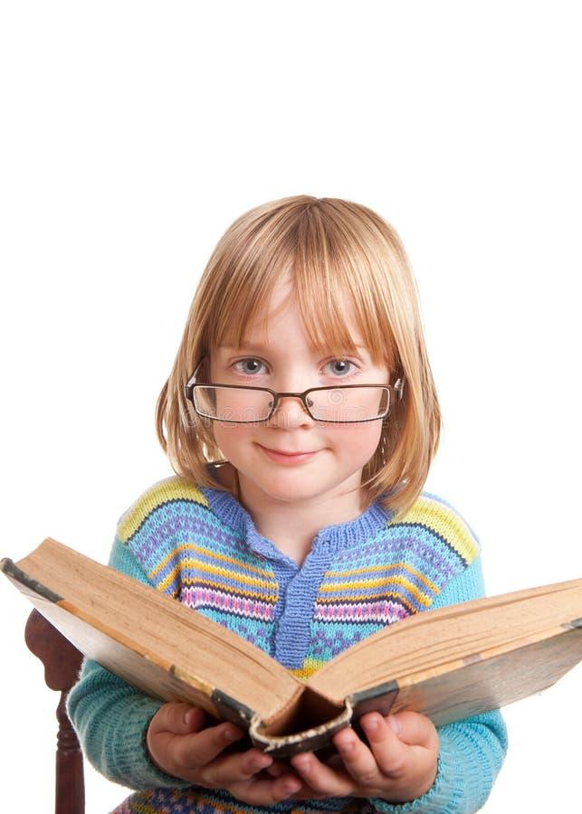 dzieci książkowi szkła odizolowywali zdjęcie royalty free