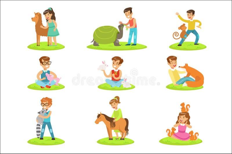 Dzieci Migdali Małych zwierzęta W Migdalić zoo kolekcję kreskówek ilustracje Z dzieciakami Ma zabawę royalty ilustracja