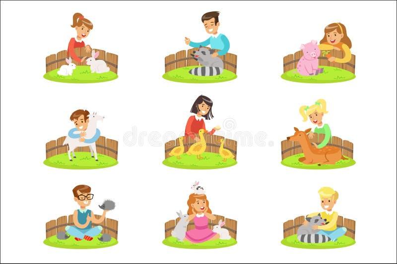 Dzieci Migdali Małych zwierzęta W Migdalić zoo Ustawiającego kreskówek ilustracje Z dzieciakami Ma zabawę royalty ilustracja