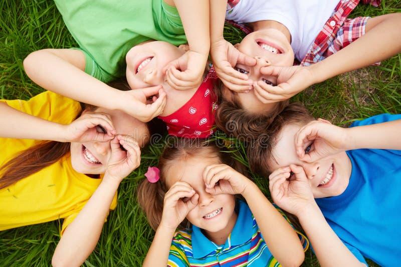 Dzieci odpoczywać obraz royalty free