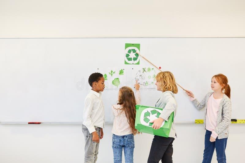 Dzieci planują konserwacja projekt zdjęcie stock