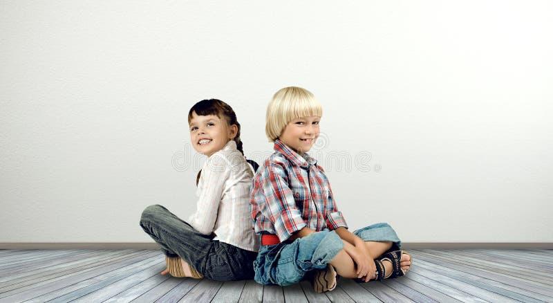 dzieci trochę 2 obrazy royalty free