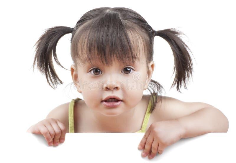 Dzieciak z biały sztandarem fotografia royalty free