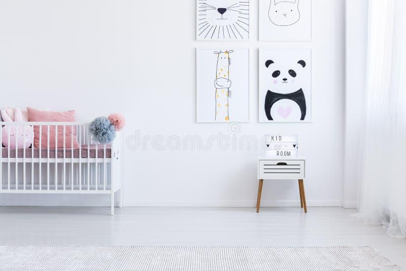 Dzieciaka ` s wnętrze z rysunkami obrazy royalty free