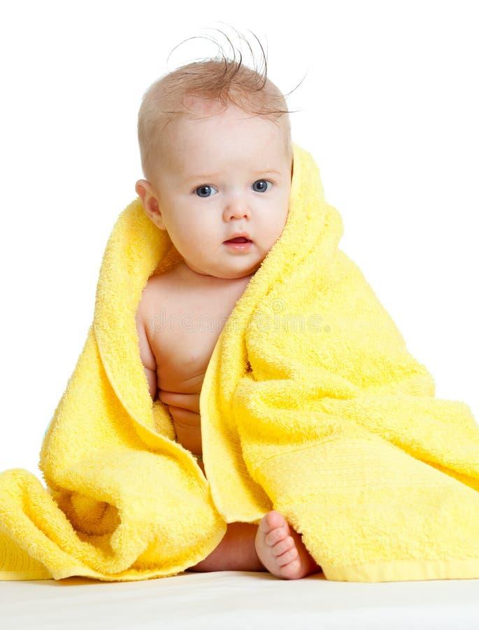 dziecka błękit kolorowy śliczny przyglądający się szczęśliwy ręcznik obrazy stock