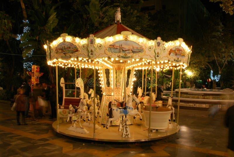 Dziecka Carousel przy nocą, Marbella, Hiszpania obraz stock