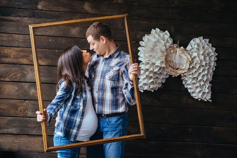 dziecka czekanie rodzinny szczęśliwy obraz royalty free