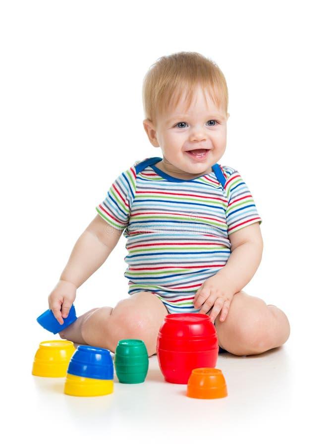 Dziecka dziecko bawić się zabawki fotografia stock