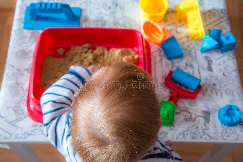 Dziecka indoors aktywność fotografia stock