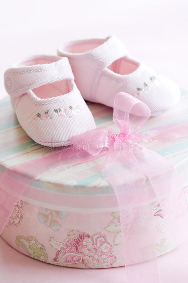 dziecka menchii buty fotografia stock