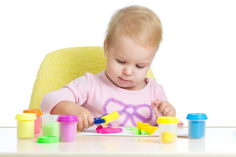 dziecka plasteliny bawić się obraz royalty free