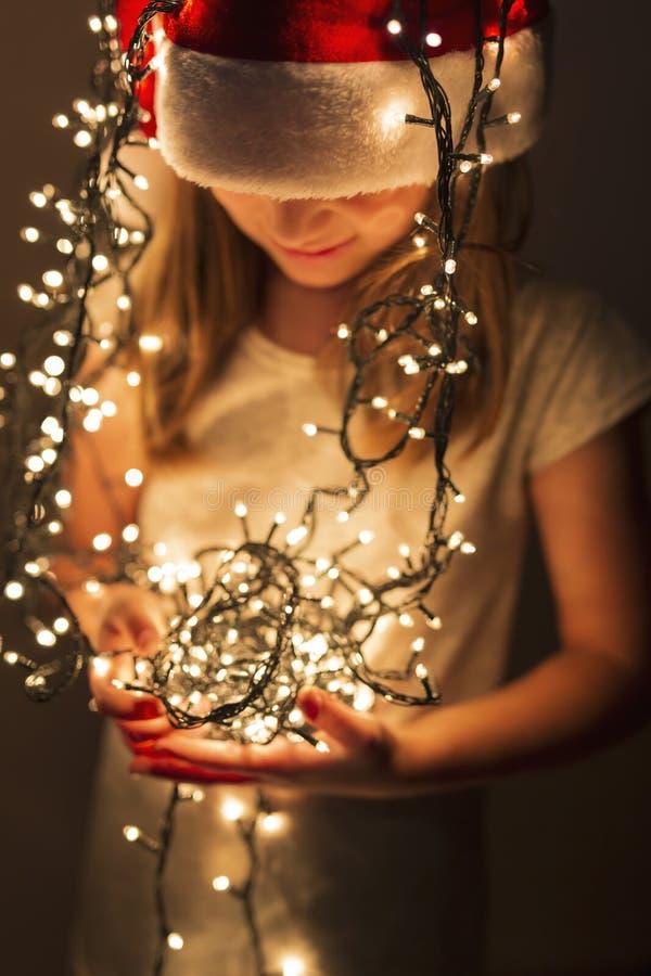 Dziecka ` s radość bożonarodzeniowe światła zdjęcie stock