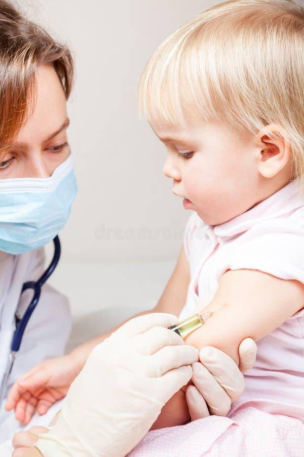 Dziecka szczepienie zdjęcia royalty free