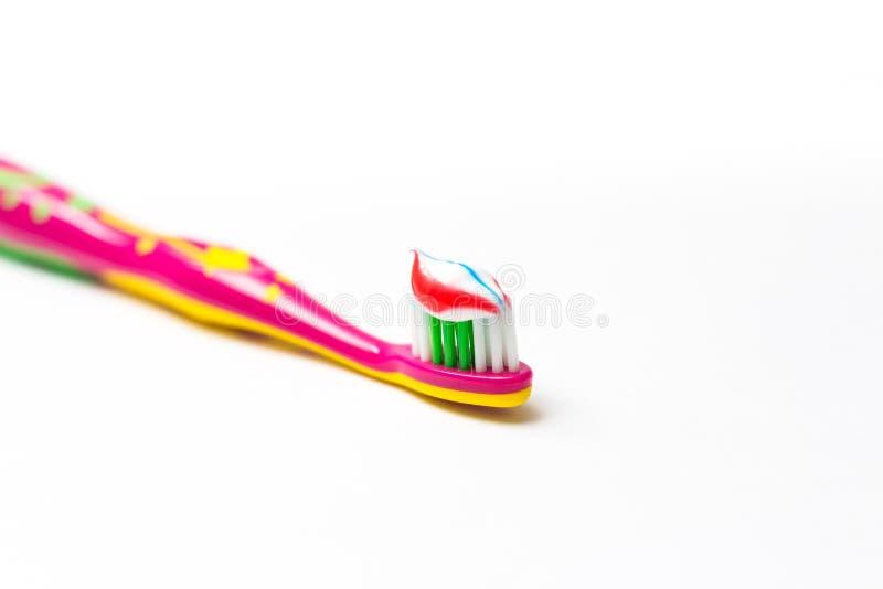 dziecka toothbrush z pastą do zębów na nim fotografia royalty free