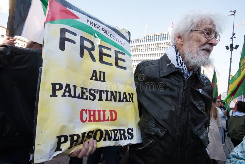 ` dziecka więźniów ` solidarności Bezpłatny Palestyński protest obraz royalty free