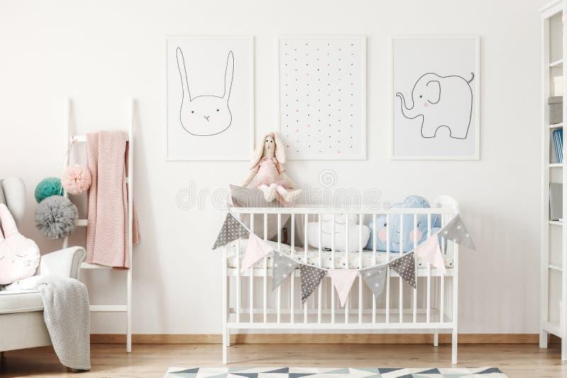 Dziecka wielkościowy łóżko obraz royalty free