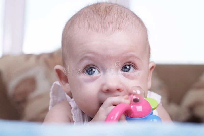 Download Dziecko zdjęcie stock. Obraz złożonej z radosny, dorosły - 13338810