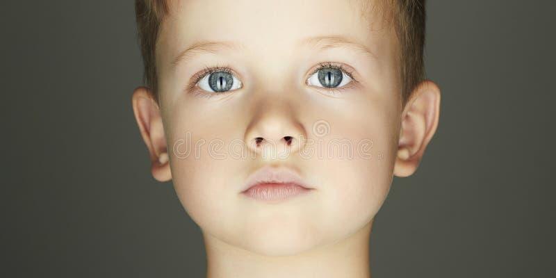 Dziecko chłopiec twarz obrazy stock