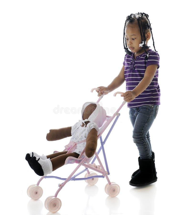 dziecko jej dosunięcie obraz stock