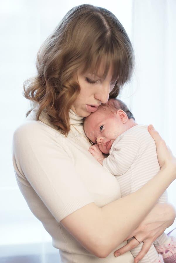 dziecko jej macierzyści potomstwa zdjęcia stock