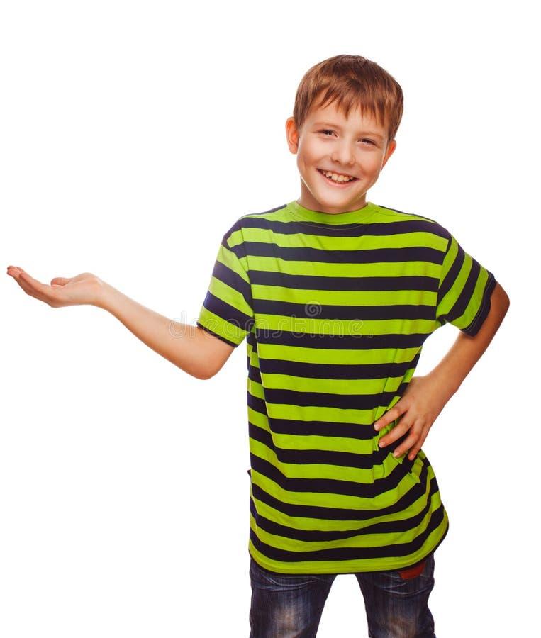 Dziecko nastolatka chłopiec blondyny otwierają ręki palmy odizolowywającej zdjęcia stock