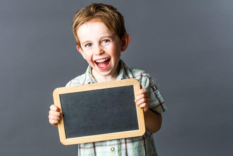 Dziecko roześmiany informujący jego wellness od preschool i uczenie zdjęcie stock