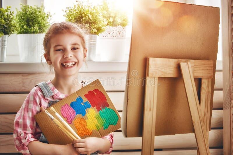 dziecko rysuje farby fotografia stock
