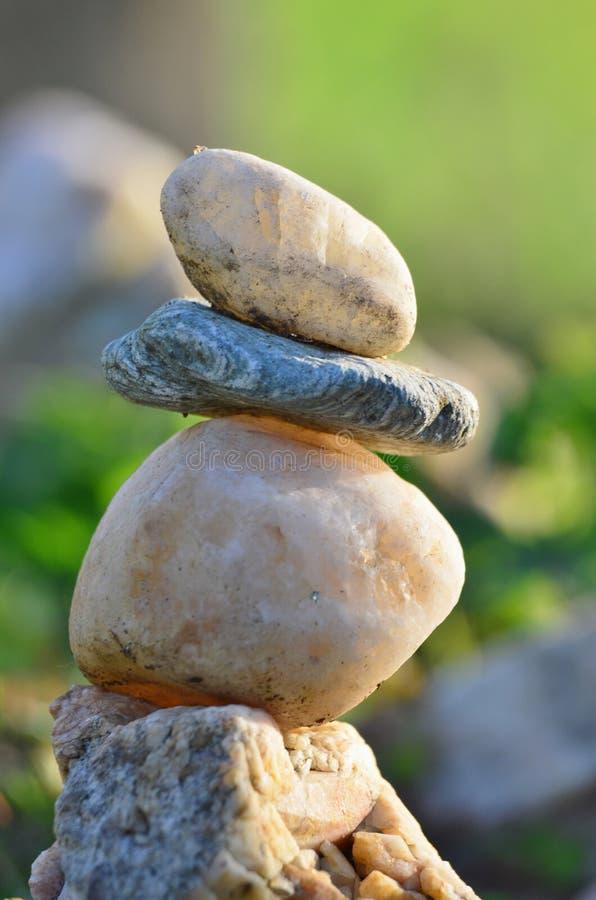 Dziecko sztuka z kamieniem, Po?udniowa cyganeria obraz royalty free