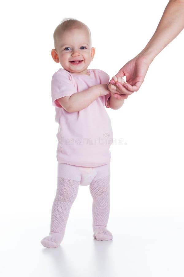 Dziecko uczenie chodzić obraz stock