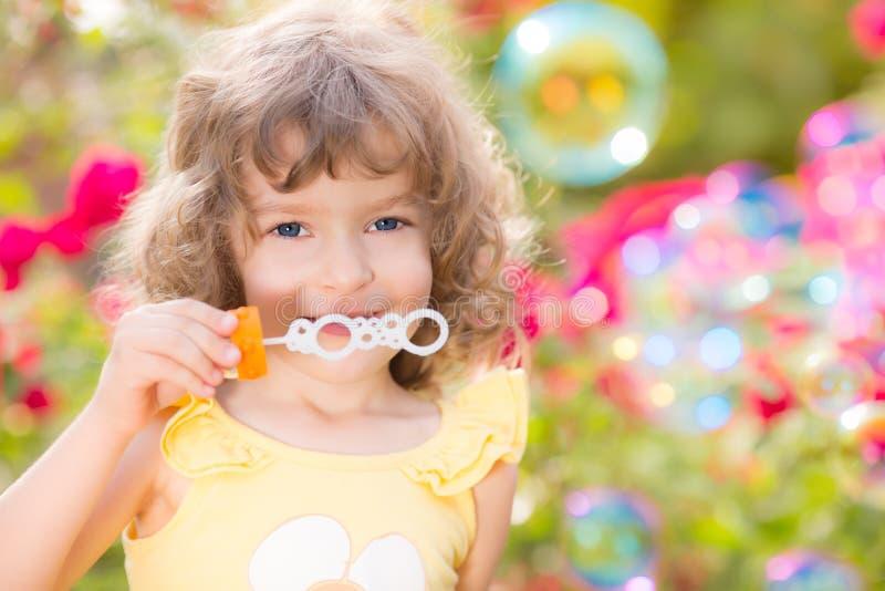 Dziecko w wiośnie zdjęcia royalty free
