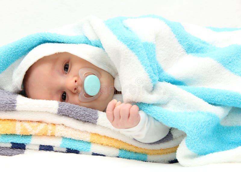 Dziecko z pacyfikatorem fotografia royalty free