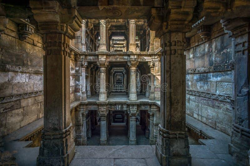 Dziedzictwo architektura Harir Pięć piętrowy Stepwell, 1866, Hinduska i Islamska architektura Ahmedabad Gujarat zdjęcie stock