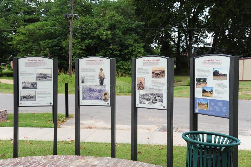 Dziejowe informational plakiety przy fortem Curtis, Helena Arkansas zdjęcia royalty free