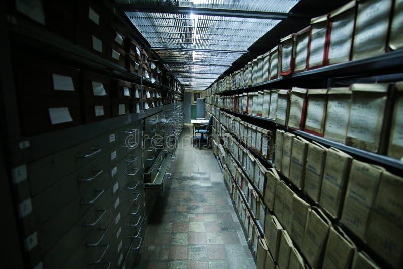 Dziejowi archiwa brogujący w depozycie fotografia stock