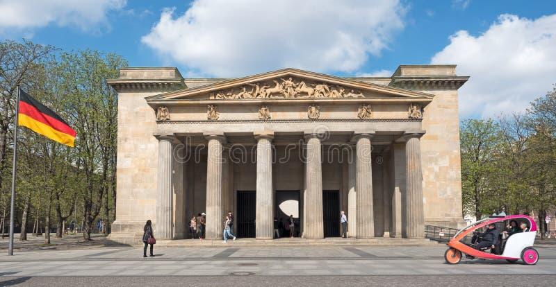 Dziejowy buduje Schinkelwache w Berlin fotografia royalty free