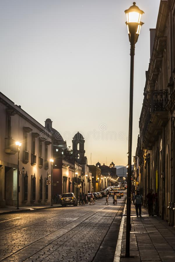 Dziejowy centrum miasta przy nocą, Oaxaca, Meksyk fotografia royalty free
