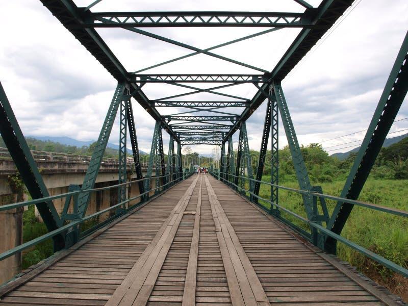 Dziejowy most nad Pai rzeką, Tajlandia obraz stock