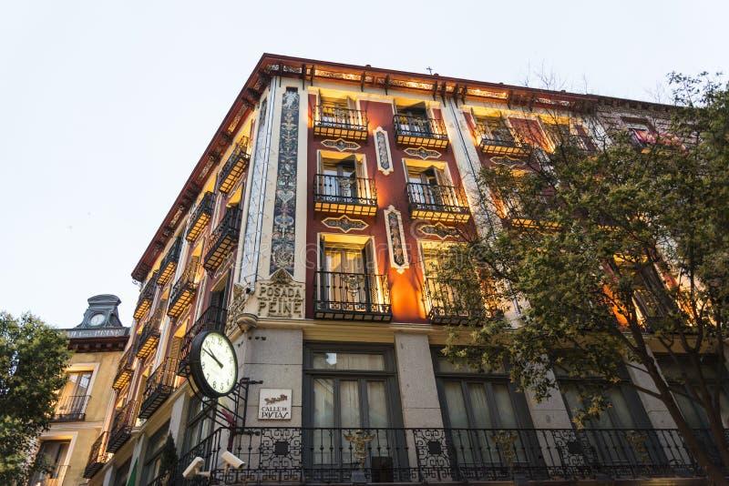 Dziejowy ozdobny budynek, Madryt, Hiszpania obraz royalty free